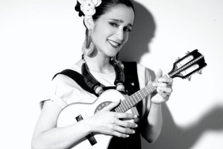 JulietaVenegas11