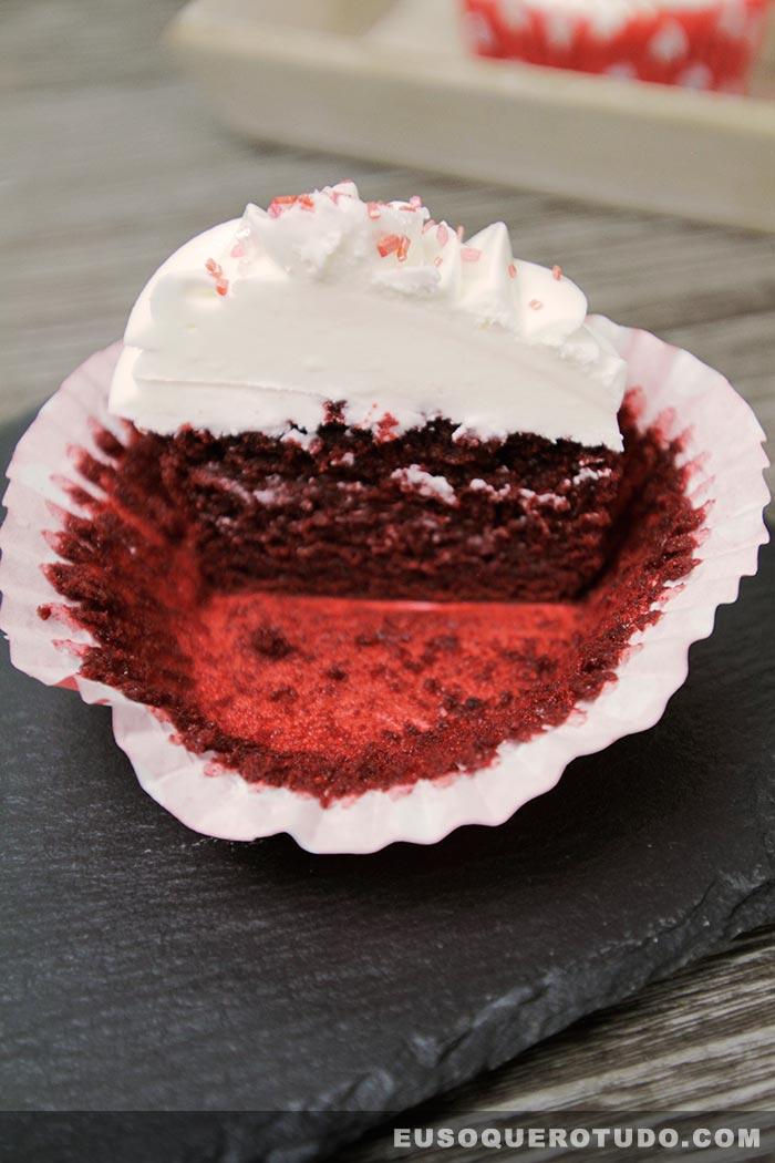 cupcake-red-velvet-photo-079-web
