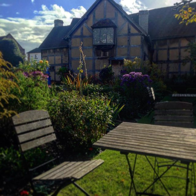 A casa onde William Shakespeare nasceu e viveu acompanhado doshellip
