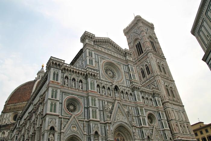 f581f4febbca7 ... da Toscana e da província de Florença. A cidade tem cerca de 400 mil  habitantes e é considerada o berço do Renascimento italiano. Em Florença  nasceu ...